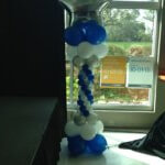 Balloon Decor - balloon lamp post style column
